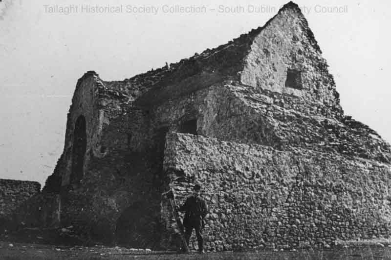 Early photo of the Hellfire Club